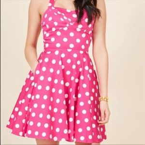 "ModCloth ""Traveling Cupcake Truck"" pink dress 🌸"